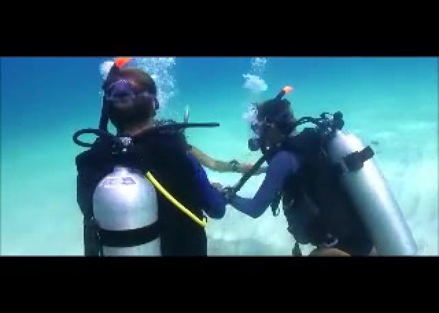Comment devenir moniteur de plongée ?
